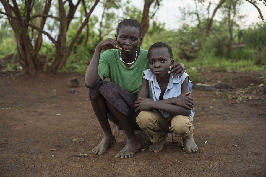 mina, une réfugiée sud-soudanaise, et son fils aîné Charlie, qui avait disparu pendant neuf mois.