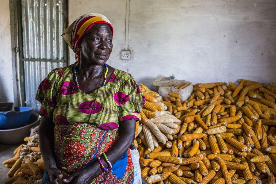 En travaillant ensemble, les agricultrices luttent contre les pénuries alimentaires pendant la longue période de soudure dans le nord du Ghana.