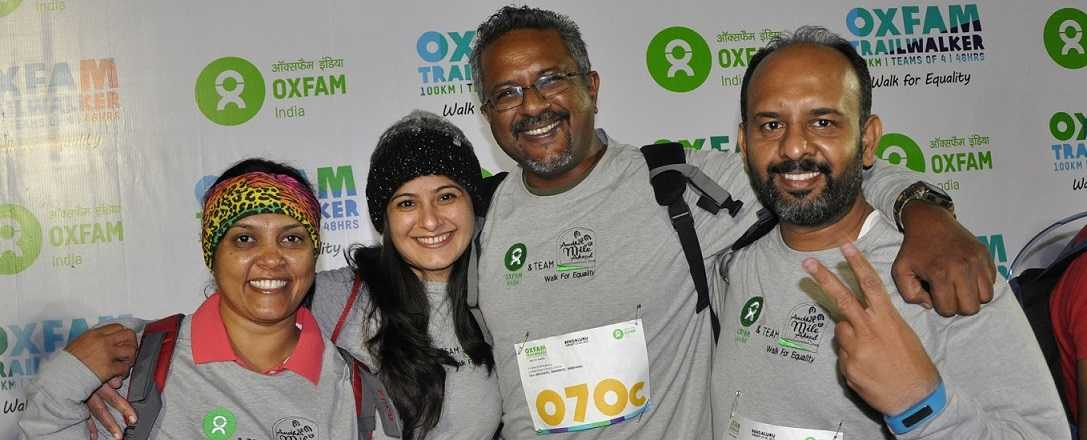 Dippak and his team's fundraising efforts were rewarded with the company of Oxfam Ambassador Rahul Bose for part of the trail. Photo: Oxfam India.