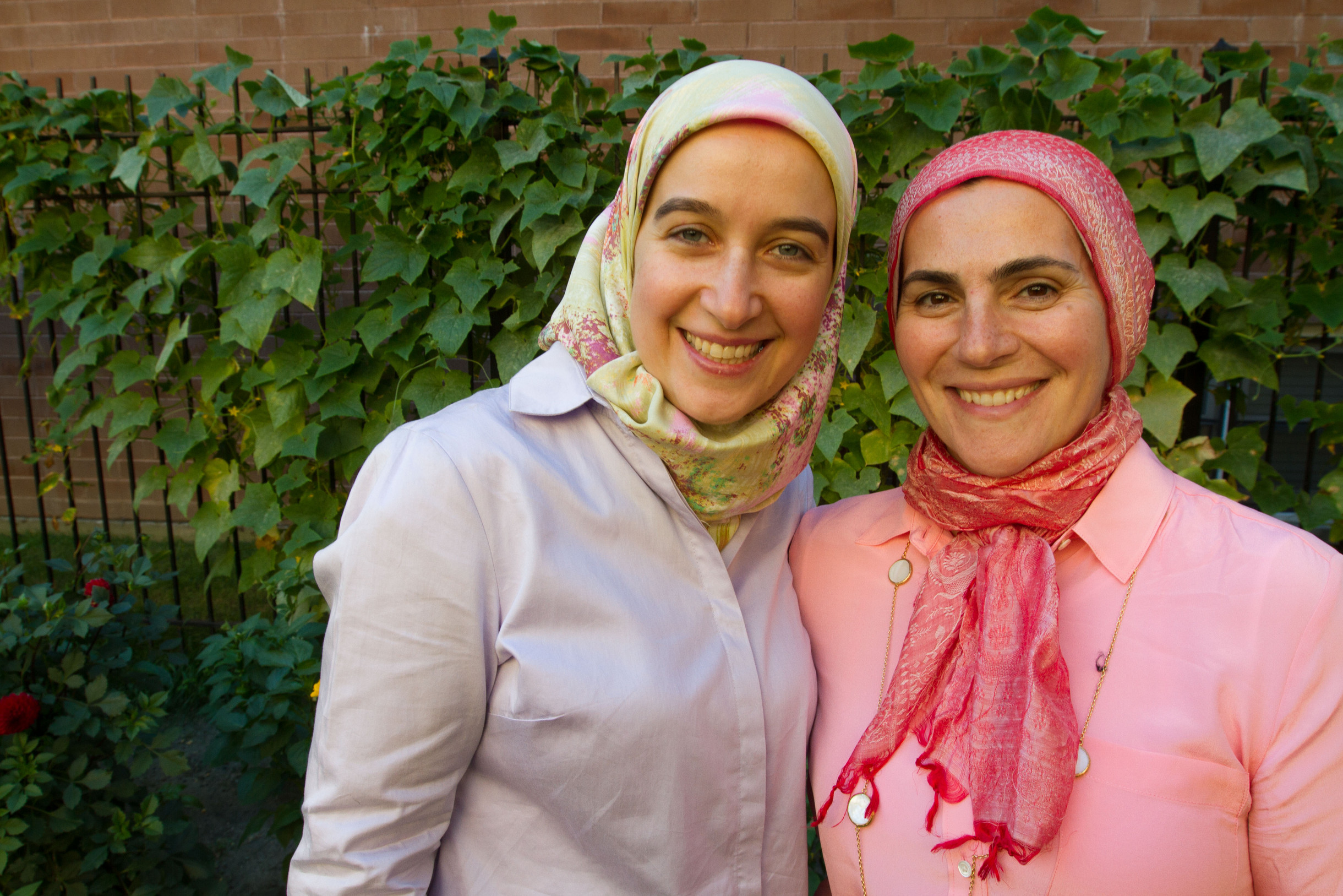 Hadia Zarzour and Suzanne Akhras Sahloul of the Syrian Community Network in Chicago. Photo credit: Coco McCabe/Oxfam