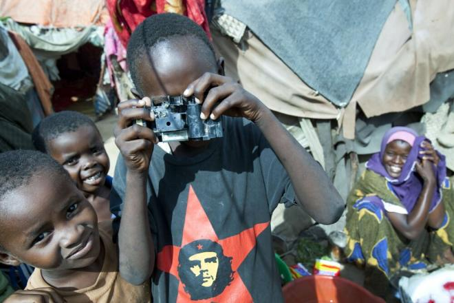 Children in a camps for internally displaced people, Mogadishu. Photo credit: Petterik Wiggers.