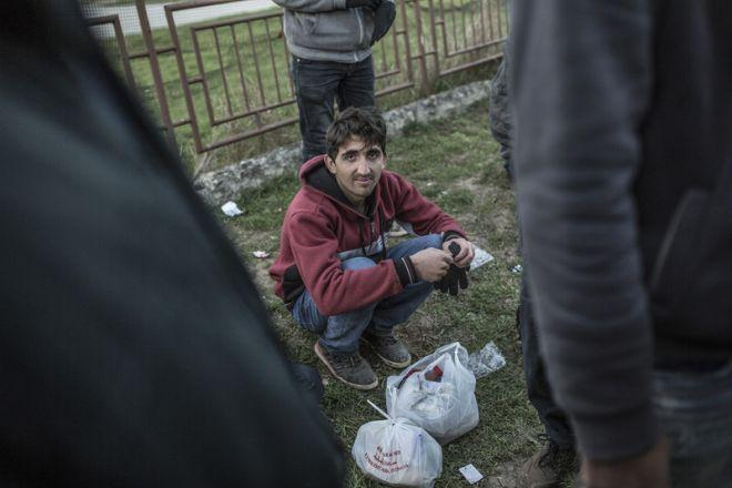 Jahanzeb, 16, is from Logar, Afghanistan. With his brother Shakib, he has been traveling for 2 months and has crossed through Iran, Turkey, and Bulgaria. In Iran they were attacked with sticks, then they crossed the desert without food or water.