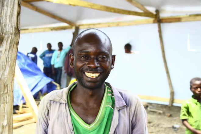 Kulimu, un réfugié congolais qui travaille pour Oxfam