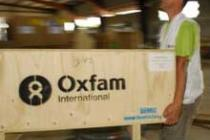 Acheminement d'équipement d'urgence. Photo : Ivan Muñoz/Oxfam