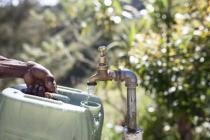Punto de acceso a agua potable de Oxfam en Papúa Nueva Guinea.