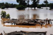 Rives du fleuve Niger inondées. Photo : Valérie Batselaere/Oxfam