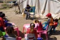 Salle de classe extérieure, vallée du Jourdain. Photo : Simon Rawles