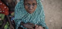 Maimuna, de 31 años, tuvo que huir de la comunidad de Muntina, en Nigeria, cuando Boko Haram destruyó todo a su paso hace 11 meses. Ahora vive en Maidiguri con sus hijos. Fotografía: Pablo Tosco/Oxfam