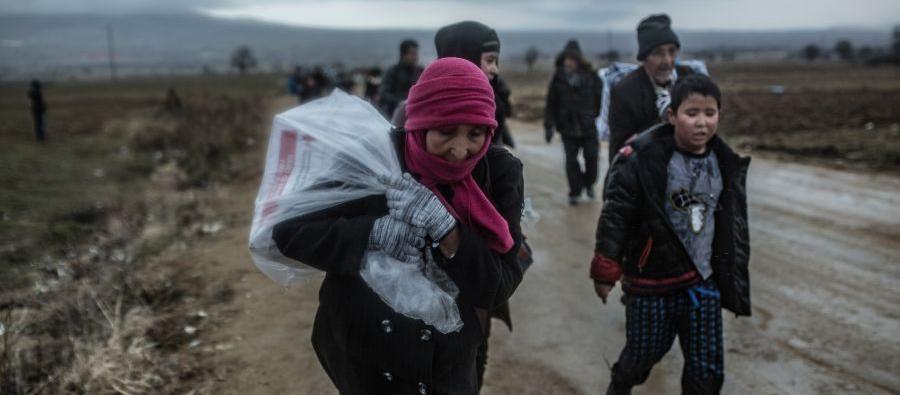 Les fermetures de frontières et les restrictions d'accès au territoire européen ont terriblement aggravé la situation de ces personnes vulnérables et ont engendré une crise humanitaire. Photo: Pablo Tosco/Oxfam
